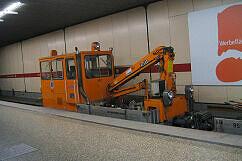 Schwerkleinwagen 8932 in Giesing Bahnhof