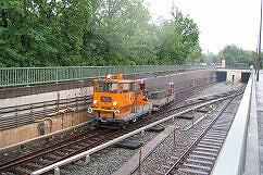 Bauzug mit SKL 8931 an der Rampe Studentenstadt