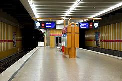 U-Bahnhof Rotkreuzplatz