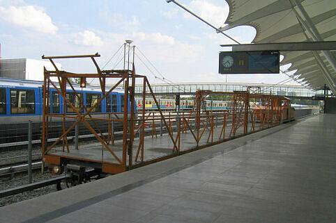 Profilmesswagen am Bahnhof Fröttmaning