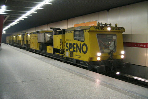 Schienenschleifzug Speno in Giesing