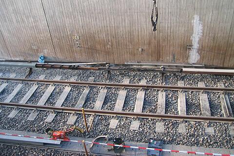 Unfall Studentenstadt - Neue und alte Stromschiene