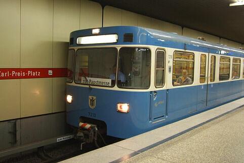 U-Bahn im Papsteinsatz