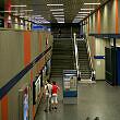 Nördliches Sperrengeschoss im U-Bahnhof Nordfriedhof